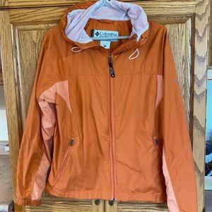 Two tone orange Columbia jacket size L 🔥